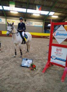 Saskia Brinkman met Hentel succesvol in Rouveen