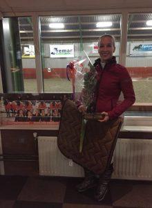 Janine Flier-Breman wint Buuznsniedersbokaal