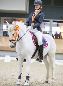 Mirthe Bakker 3e van  Nederland