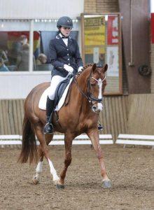 Erika Henniphof wint 1e prijs in M2